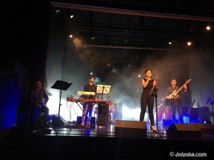 Jelenia Góra: Koncert gospel Anny Marii Mbayo w JCK