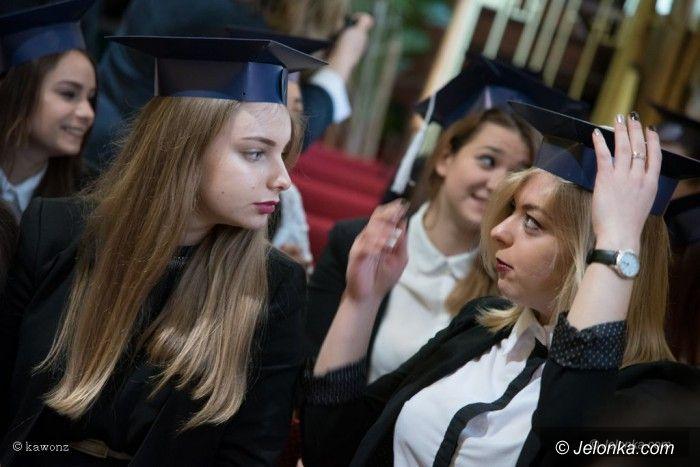 Jelenia Góra: Żegnaj szkoło, czas na egzamin dojrzałości