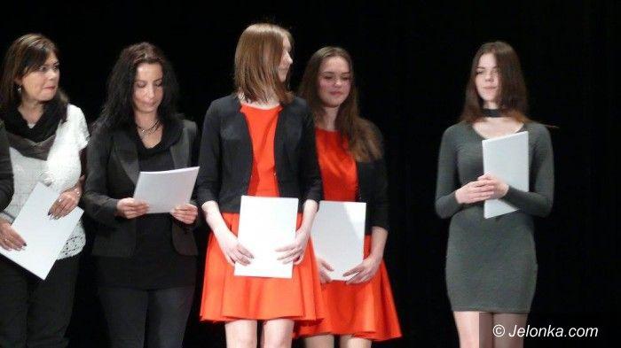 "Jelenia Góra: Duet ""Minimum"" z MDK wśród laureatów"