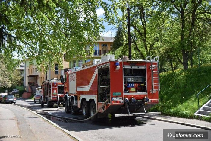Jelenia Góra: Pożar garażu przy ulicy Nowowiejskiej