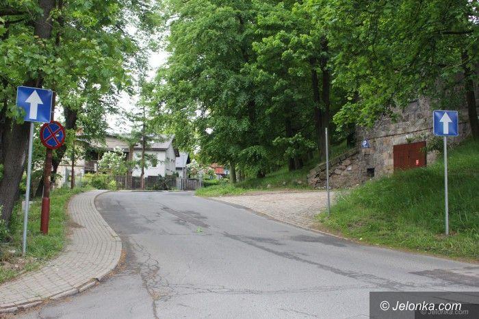 Jelenia Góra: Zamieszanie z organizacją ruchu na Chełmońskiego