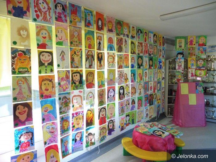 """Jelenia Góra: """"Portret mojej mamy"""" w Przedszkolu nr 13"""