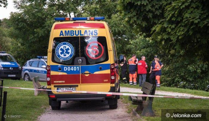 Jelenia Góra: Znaleziono ciało mężczyzny w parku
