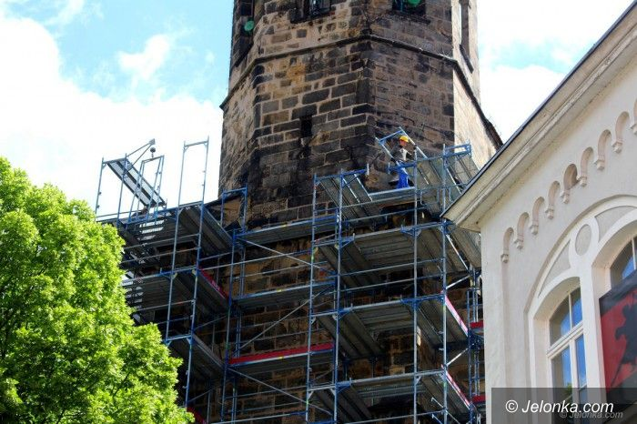 Jelenia Góra: Wieża Bazyliki Mniejszej do remontu