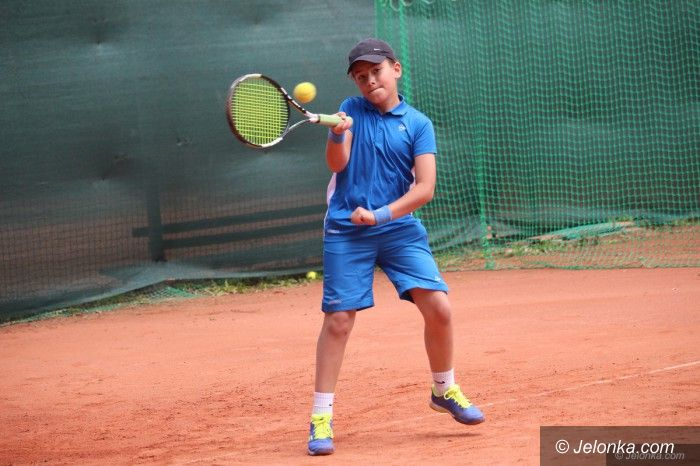 Jelenia Góra: Młodzi tenisiści rywalizowali przy Sudeckiej