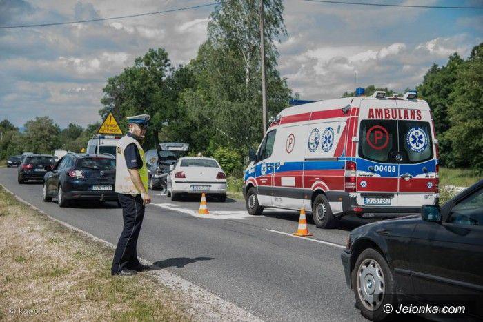 Powiat: Zderzenie trzech aut na drodze do Karpacza