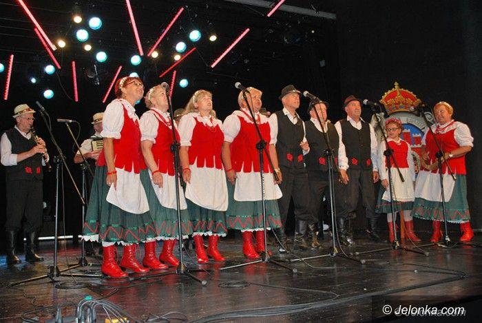 Jelenia Góra: I z łezką, i z biglem – Festiwal Piosenki Lwowskiej i Kresowej