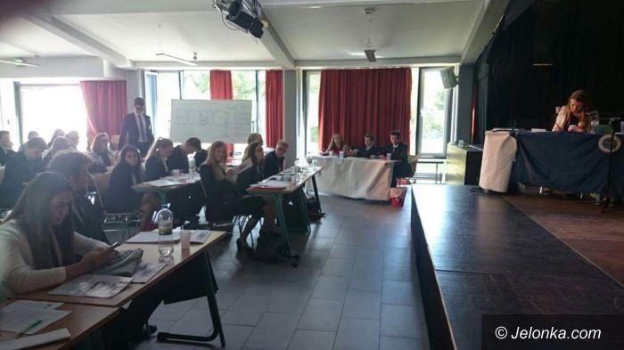 """Europa: Uczniowie """"Żeroma"""" na symulacji obrad ONZ"""