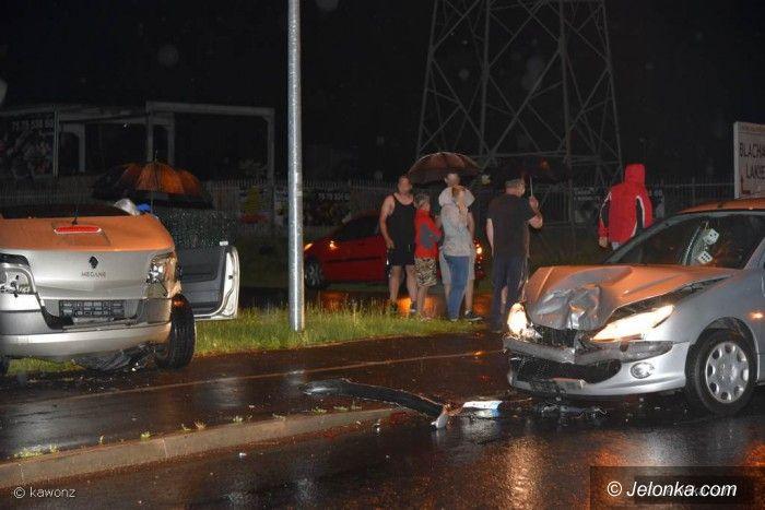 Jelenia Góra: Zderzenie dwóch aut na Spółdzielczej