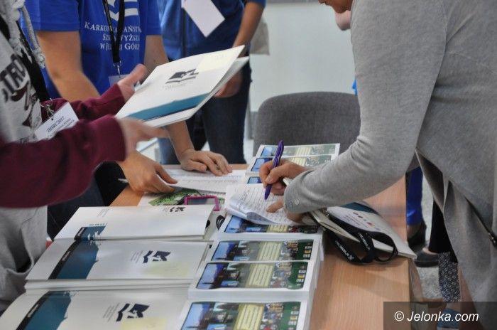 Jelenia Góra: KPSW gości na konferencji naukowców z całego świata