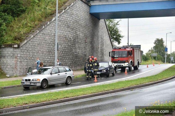 Jelenia Góra: Zderzenie trzech aut przed Rondem Majewskiego