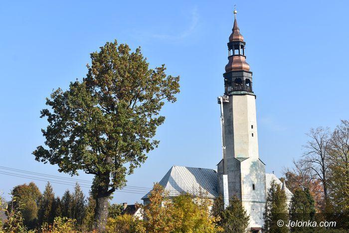 Stara Kamienica: Wieża kościoła w Starej Kamienicy uratowana