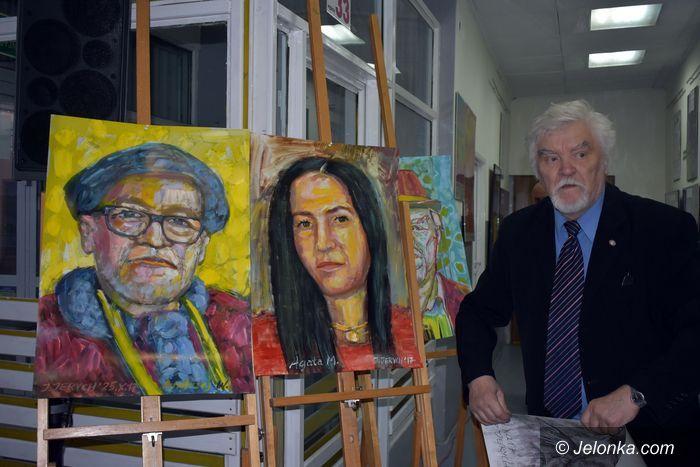 Jelenia Góra: Wernisaż wystawy portretów w ODK