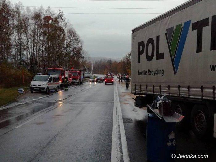 Jelenia Góra: Zablokowana ulica Spółdzielcza w Jeleniej Górze