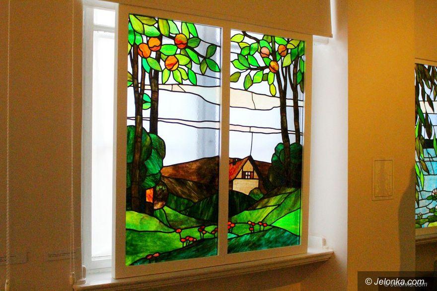 Jelenia Góra: Stała wystawa wzbogacona o witraże