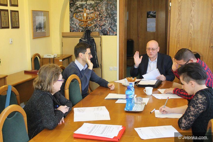 Jelenia Góra: Ciekawe wnioski na komisji statutowej