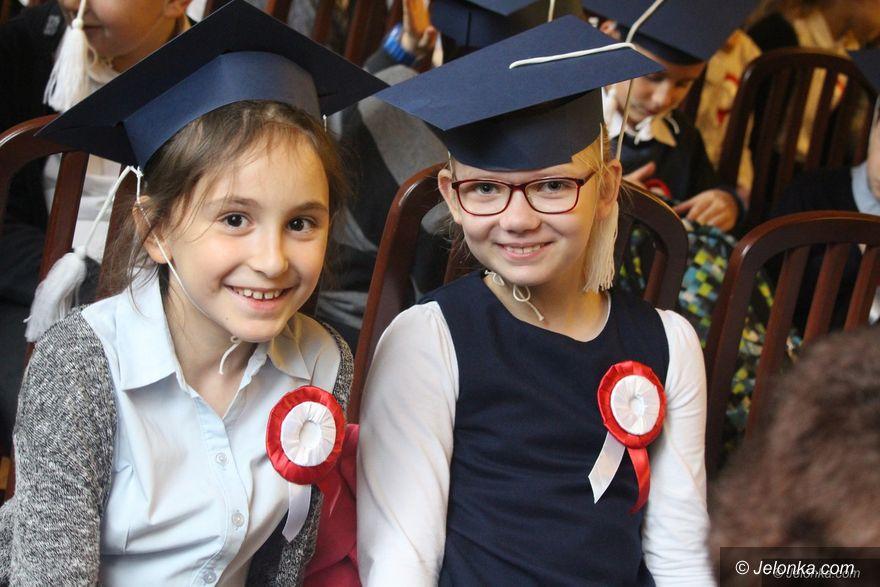 Jelenia Góra: Mali studenci po inauguracji