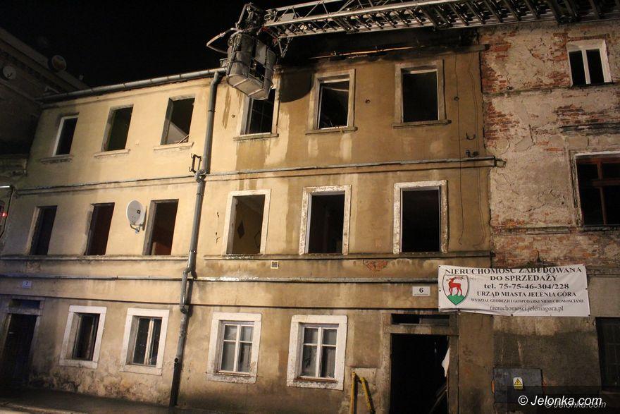Jelenia Góra: Pożar pustostanu przy Poznańskiej