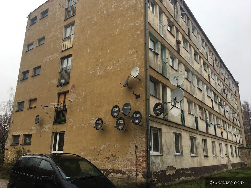 Jelenia Góra: Budynek socjalny do remontu