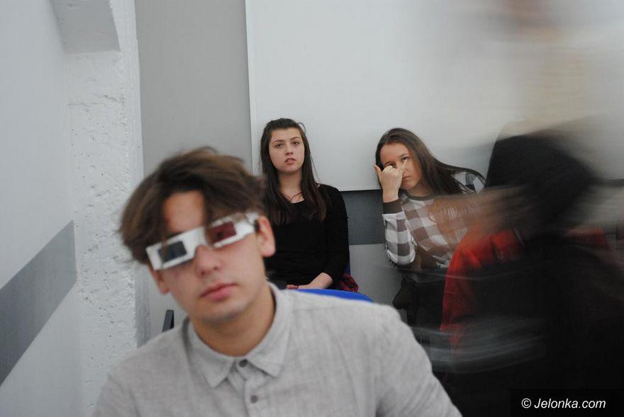 Jelenia Góra: Uczniowie Norwida  przed kamerą