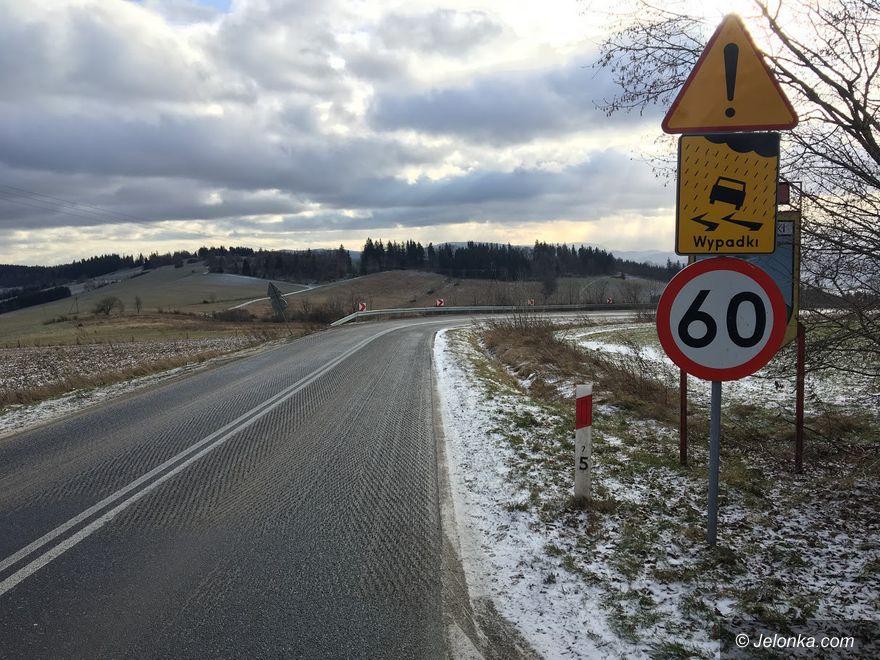 Podgórzyn: Zniszczyli drogę, żeby... było bezpieczniej