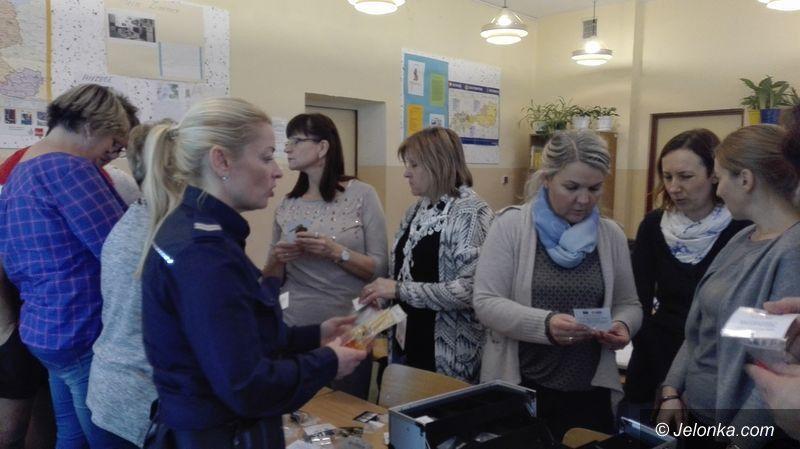 Janowice Wielkie: Drugstop w szkole w Janowicach Wielkich