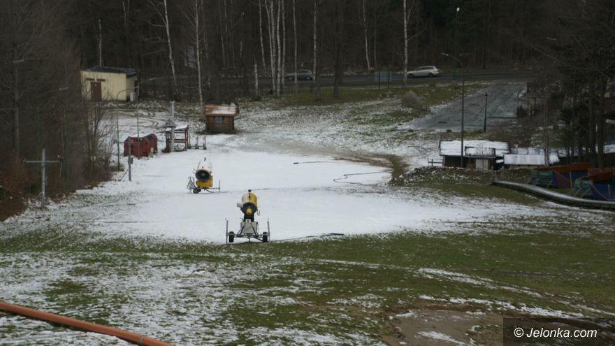 Karpacz: Fabryka śniegu już ruszyła