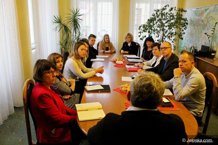Jelenia Góra: Ważna inicjatywa młodzieży z ZSOiT