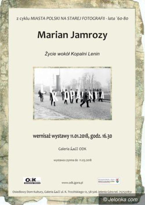 Jelenia Góra: Wernisaż wystawy fotografii M. Jamrożego w ODK