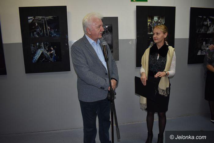 Jelenia Góra: Wernisaż wystawy M. Jamrozego w Galerii Hall