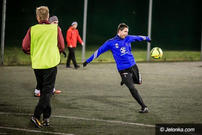 Jelenia Góra: Piłkarze Karkonoszy wznowili treningi