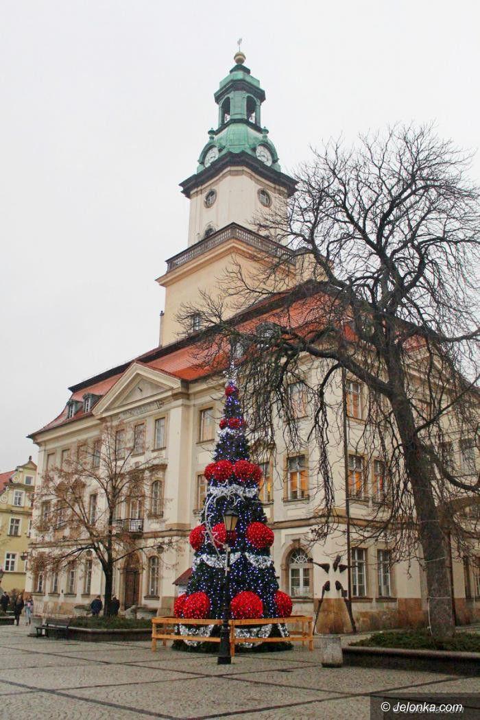 Jelenia Góra: W mieście trwa demontaż ozdób światecznych