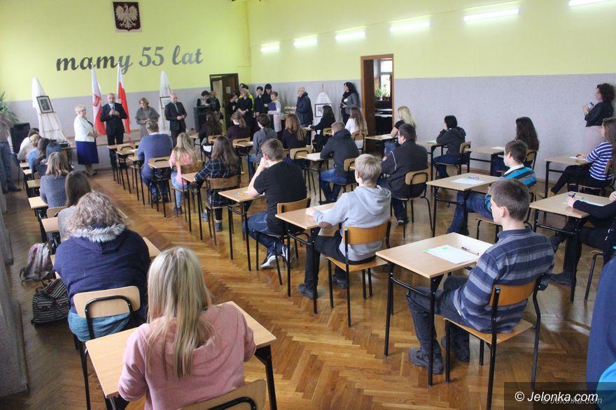 Jelenia Góra: Handlówka gościła uczestników dyktanda