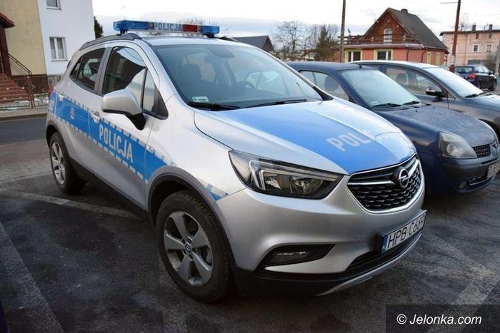 Kowary: Nowe samochody dla policjantów z Kowar