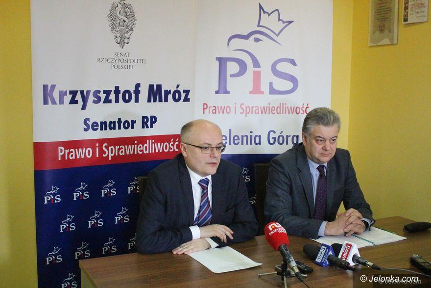 Jelenia Góra: Politycy PiS o oświacie i teatrze