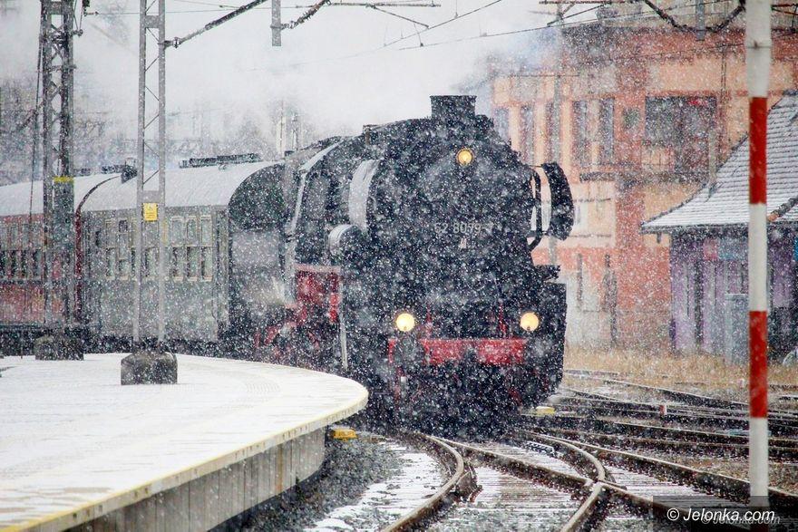 Jelenia Góra: Miłośnicy kolei witali skład z Cottbus