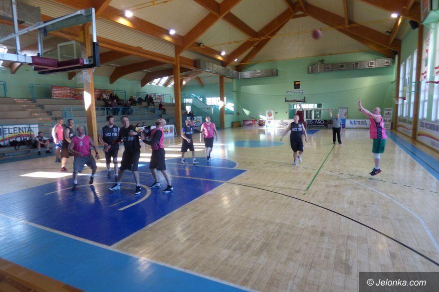 Jelenia Góra: Koszykarze na ostatniej prostej!