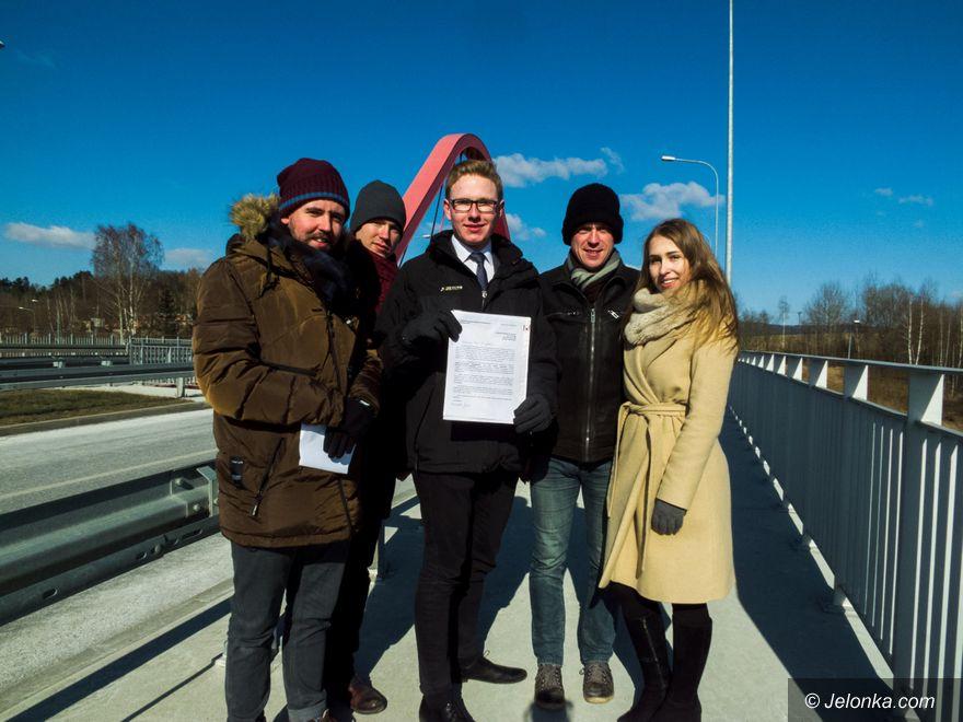 Jelenia Góra: Młodzi z PIS–u chcą wiaduktu im. rtm. Pileckiego