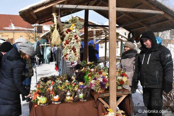 Region: Wielkanocny Jarmark w zimowej scenerii