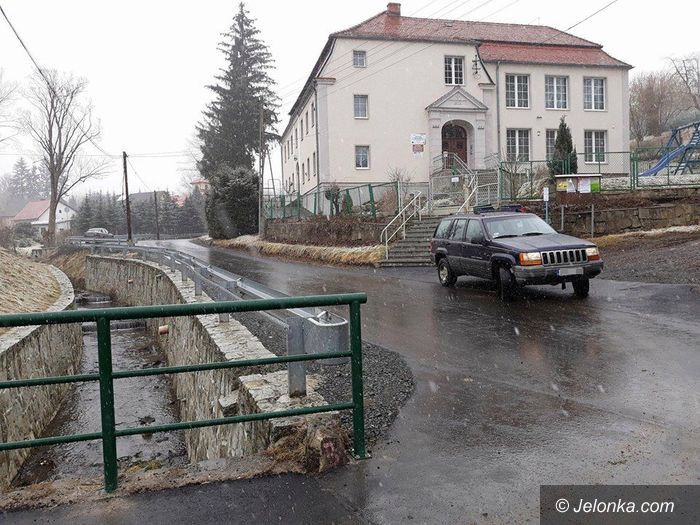 Region: Odnowiono drogę w Dziwiszowie
