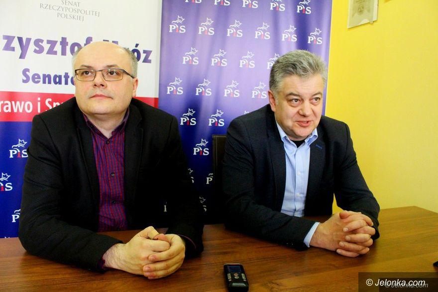 Jelenia Góra: Politycy komentują decyzję prezydenta