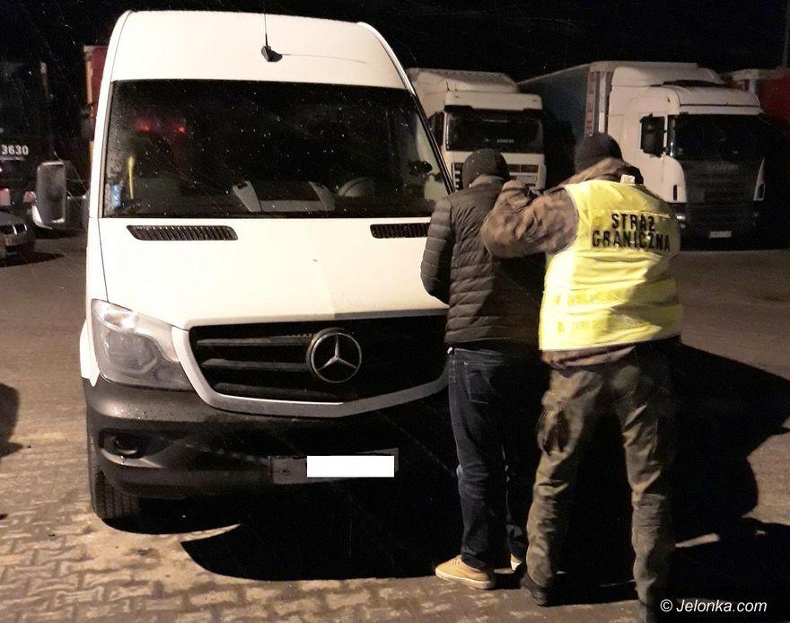 Region: Strażnicy graniczni odzyskali skradzione auto