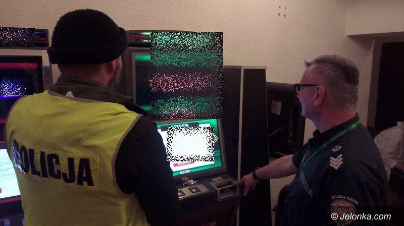 Jelenia Góra: Policjanci zarekwirowali kolejne automaty