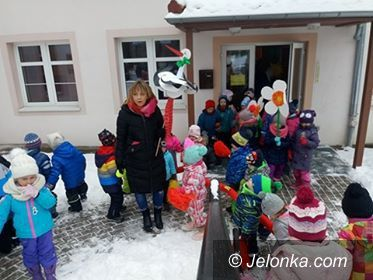 Karpacz: Przedszkolaki z Karpacza pożegnały zimę
