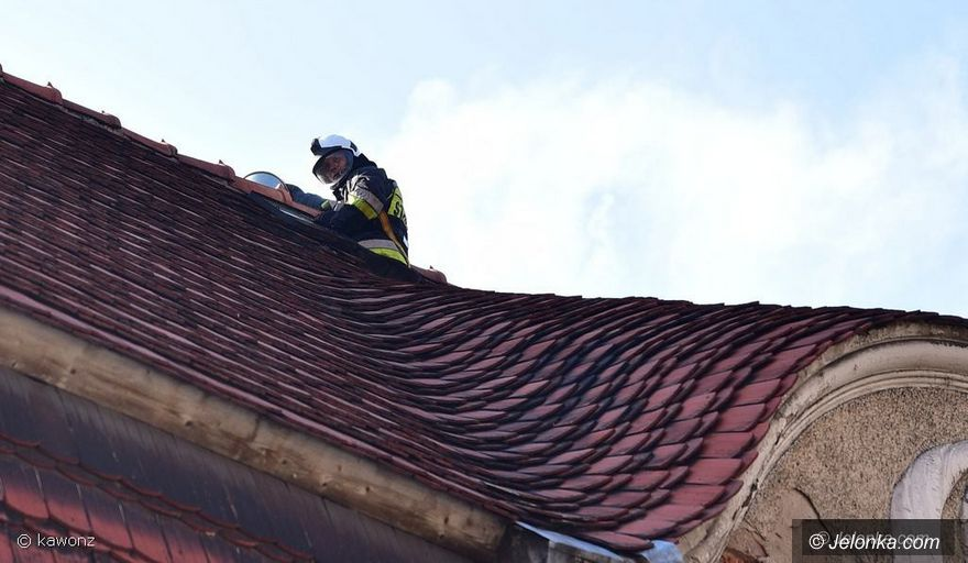 Jelenia Góra: Pożar sadzy w budynku przy  Słowackiego