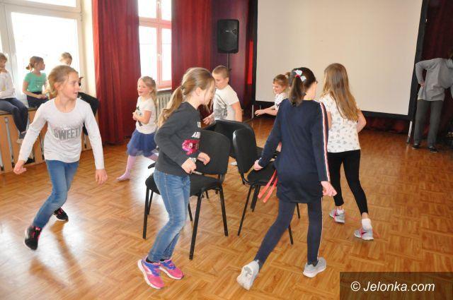 """Jelenia Góra: Tańce w Kręgu"""" w Przystani Twórczej"""