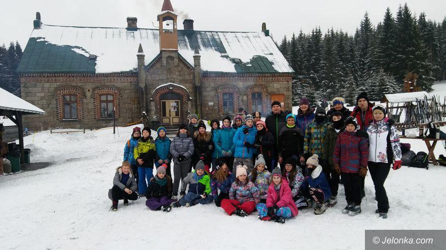 """Jelenia Góra: """"Dwójka"""" na nartach biegowych"""
