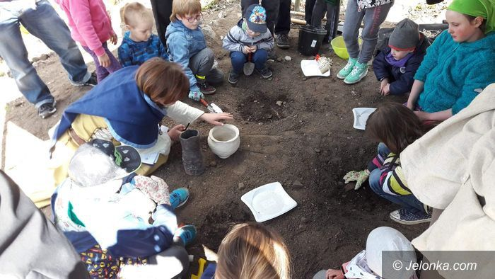 Region: Spotkanie z archeologią w Staniszowie
