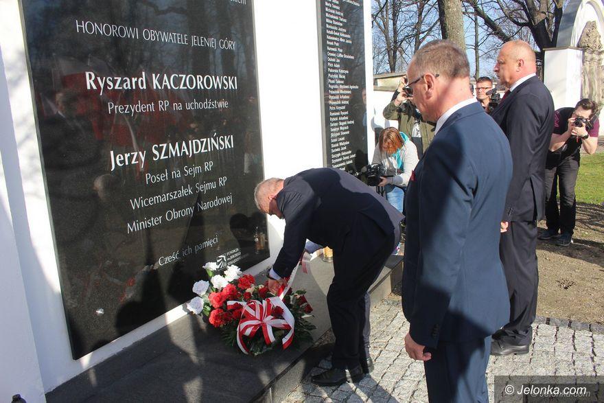 Jelenia Góra: O 8:41 uczcili pamięć ofiar katastrofy smoleńskiej