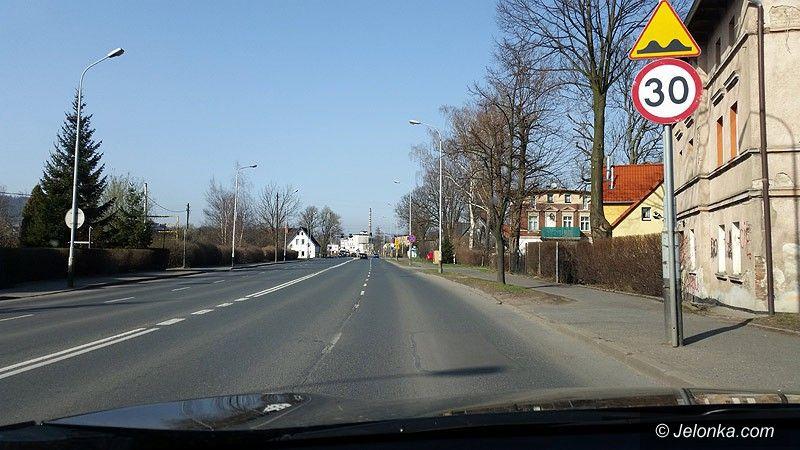Jelenia Góra: Czytelnik: dziwne ograniczenie prędkości